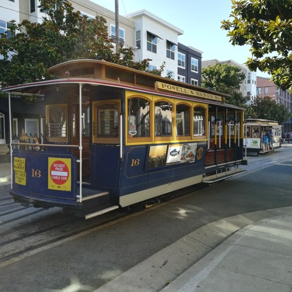 Cable Car w San Francisco